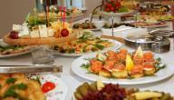 طرق تقديم الطعام للضيوف