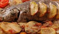طريقة عمل صينية السمك بالبطاطس بالفرن