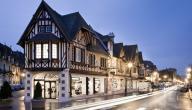 مدينة دوفيل في فرنسا