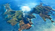 عدد الجزر التي تتكون منها أندونيسيا