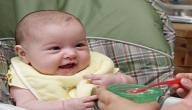 كيفية تغذية الرضيع