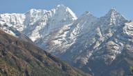 أكبر قمة جبلية في العالم