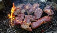 كيفية تتبيل اللحم المشوى على الفحم
