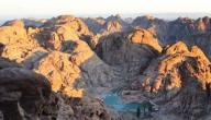 أين يقع جبل موسى