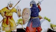 كم سنة حكم المسلمون الأندلس