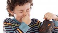 كيف تتخلص من رائحة الحذاء الكريهة