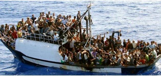 في مواضيعنا عن الهجرة قد يحصل بعض الخلط عند كثير من الناس في التفريق بين  المفاهيم والمصطلحات الأساسية المتعلقة بالإستقرار في بلد ما ، فعلى سبيل  المثال ...
