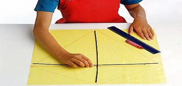 كيفية صنع الطائرة الورقية
