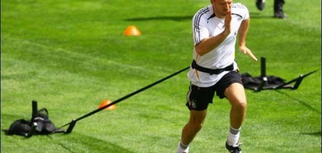 تمارين لزيادة السرعة للاعب كرة القدم بالصور