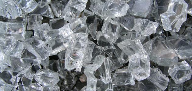 مكونات الزجاج