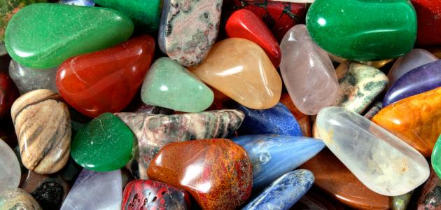 خواص الاحجار الكريمة