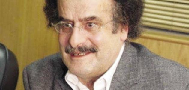 الكاتب وليد سيف