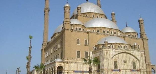 معالم مصر السياحية القديمة والحديثة موضوع
