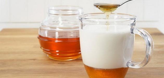 فوائد شرب العسل على الريق