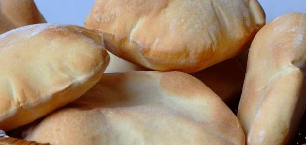 عمل الخبز في البيت
