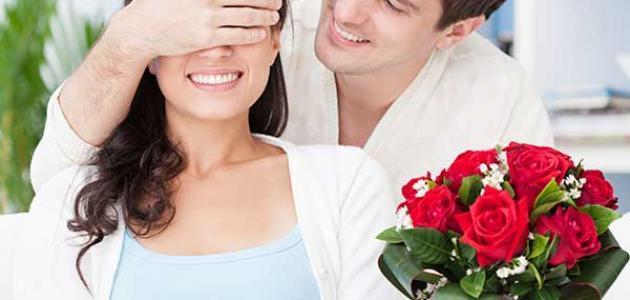 ما هي علامات حب الرجل للمرأة