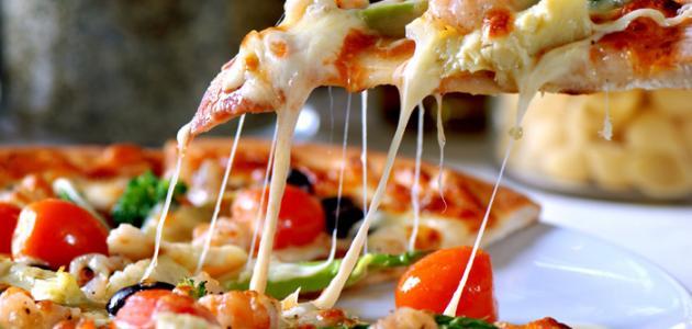 عمل البيتزا المصرية