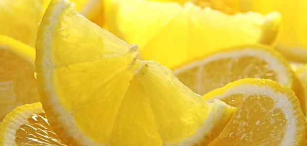 فوائد الليمون للوجه الدهني