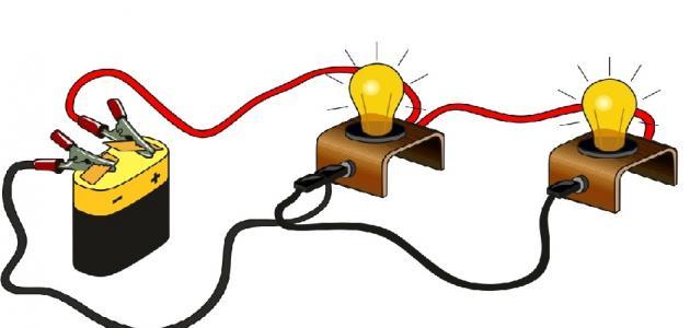 عمل دائرة كهربائية