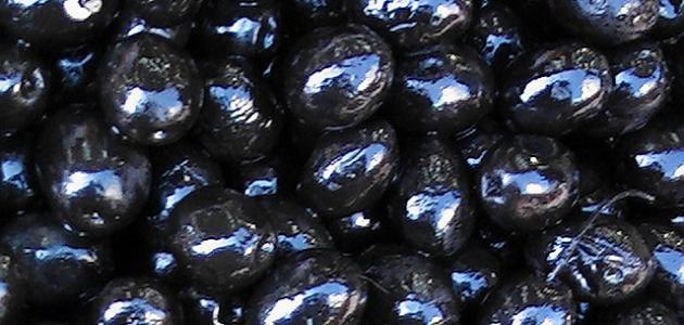 طريقة تخليل الزيتون الأسود في المنزل