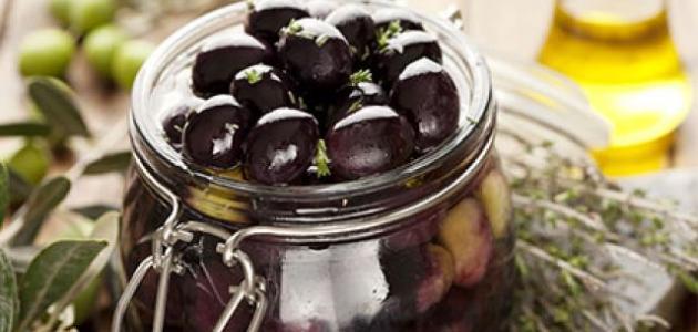 طريقة تمليح الزيتون الأسود