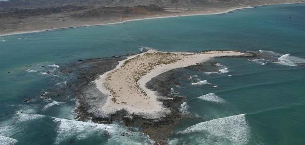 جزيرة مصيرة العمانية