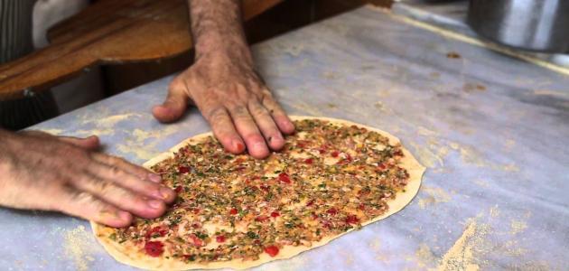 طريقة عمل اللحم بعجين السوري