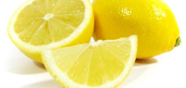 أضرار الليمون على المعدة