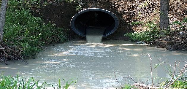 كيف تتلوث المياه