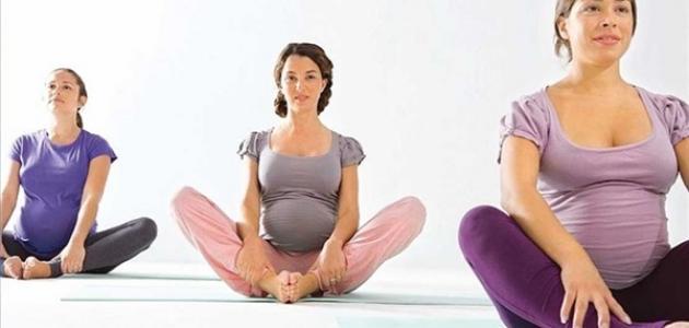 تمرين القرفصاء لتسهيل الولادة