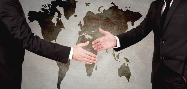 العوامل المؤثرة في العلاقات الدولية