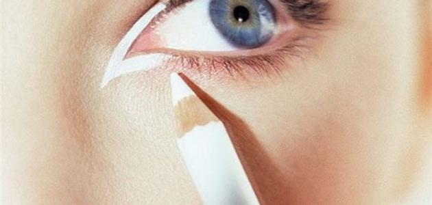 طريقة استخدام قلم الكحل
