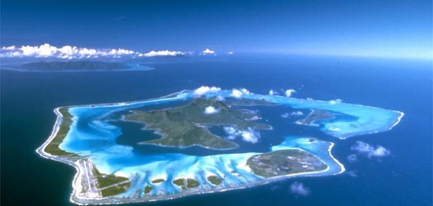جزيرة بورا بورا الفرنسية