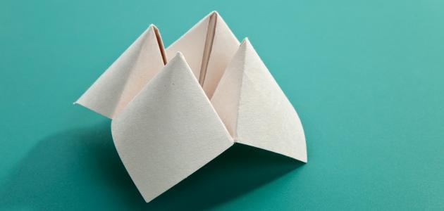 كيفية صنع لعبة من الورق