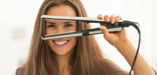 طريقة استخدام مكواة الشعر