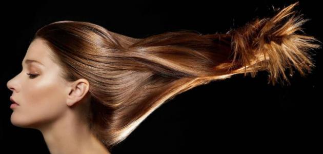 أسهل طريقة لتنعيم الشعر وتطويله