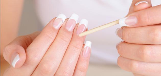 طريقة إزالة الجلد الميت من الأظافر