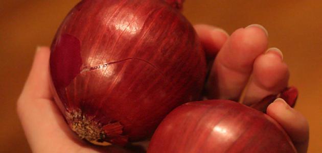 إزالة رائحة البصل من اليد