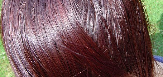 أفضل لون شعر للبشرة السمراء