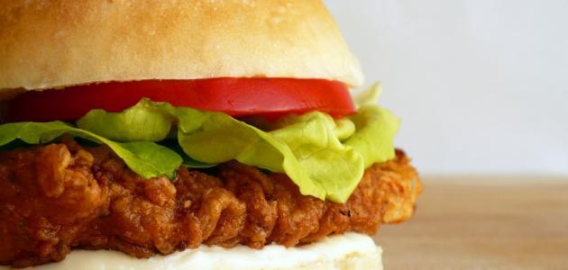 طريقة عمل همبرجر بالدجاج