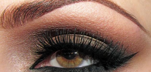 4110203ea287e طريقة مكياج العيون الكبيرة - موضوع