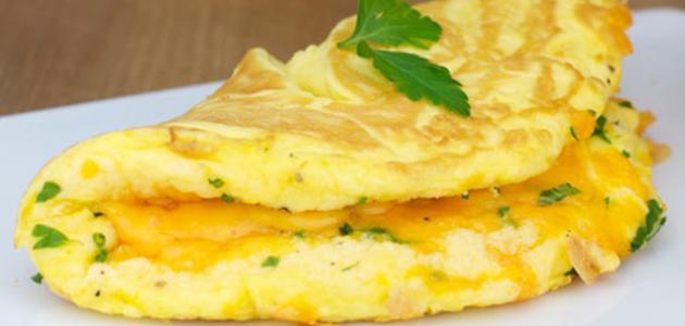 طريقة عمل أومليت البيض بالجبن