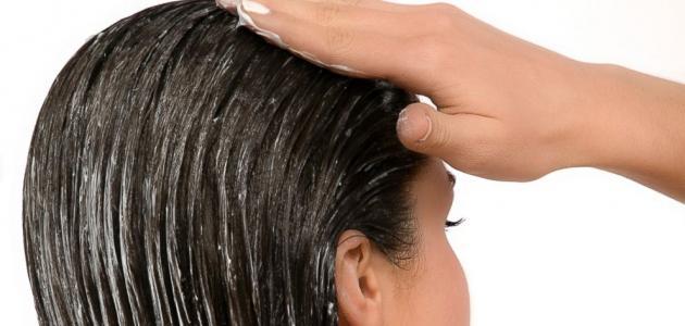 طريقة فرد الشعر بالبلسم