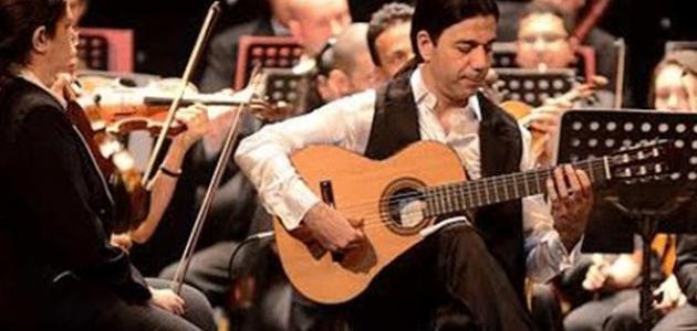 أفضل عازف جيتار في العالم