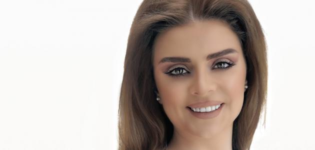 الإعلامية دانا أبو خضر
