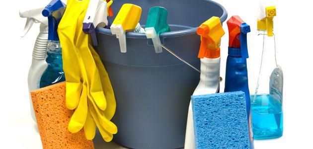 أدوات النظافة المنزلية