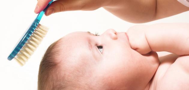 علاج قشرة الشعر عند الأطفال الرضع