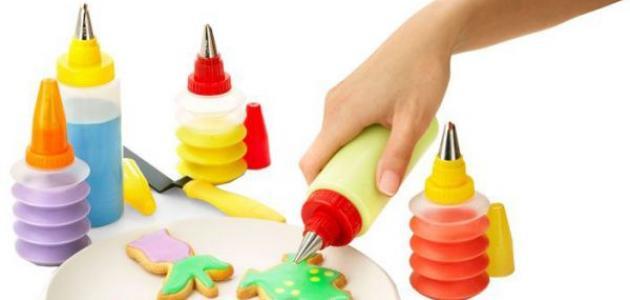 أدوات تزيين الكيك