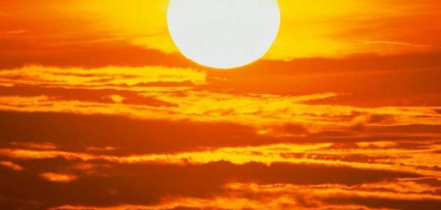 بحث حول مصادر الضوء الطبيعية والاصطناعية