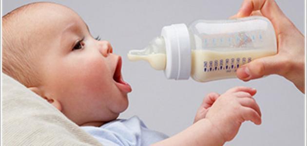 عدد رضعات الطفل حديث الولادة